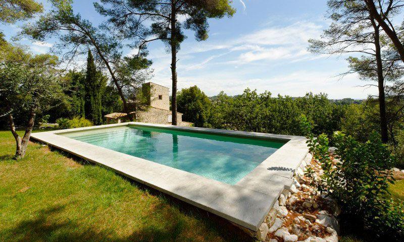 Les tendances de piscine l'esprit nature