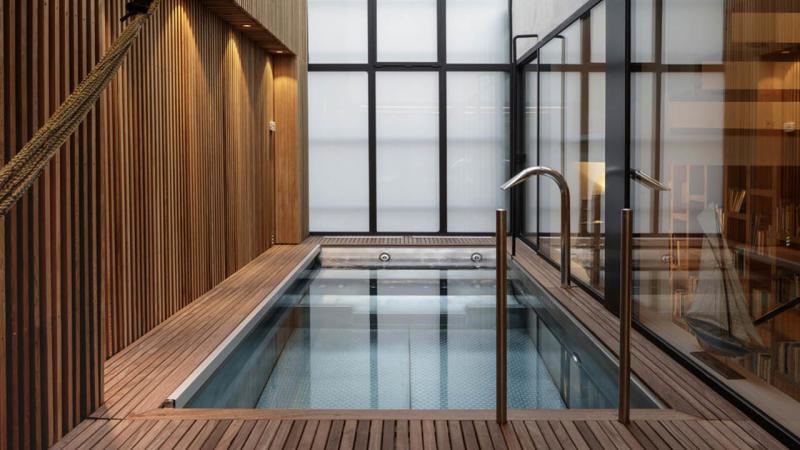 l'esprit design piscine inox interieur bois design Les tendances de piscine