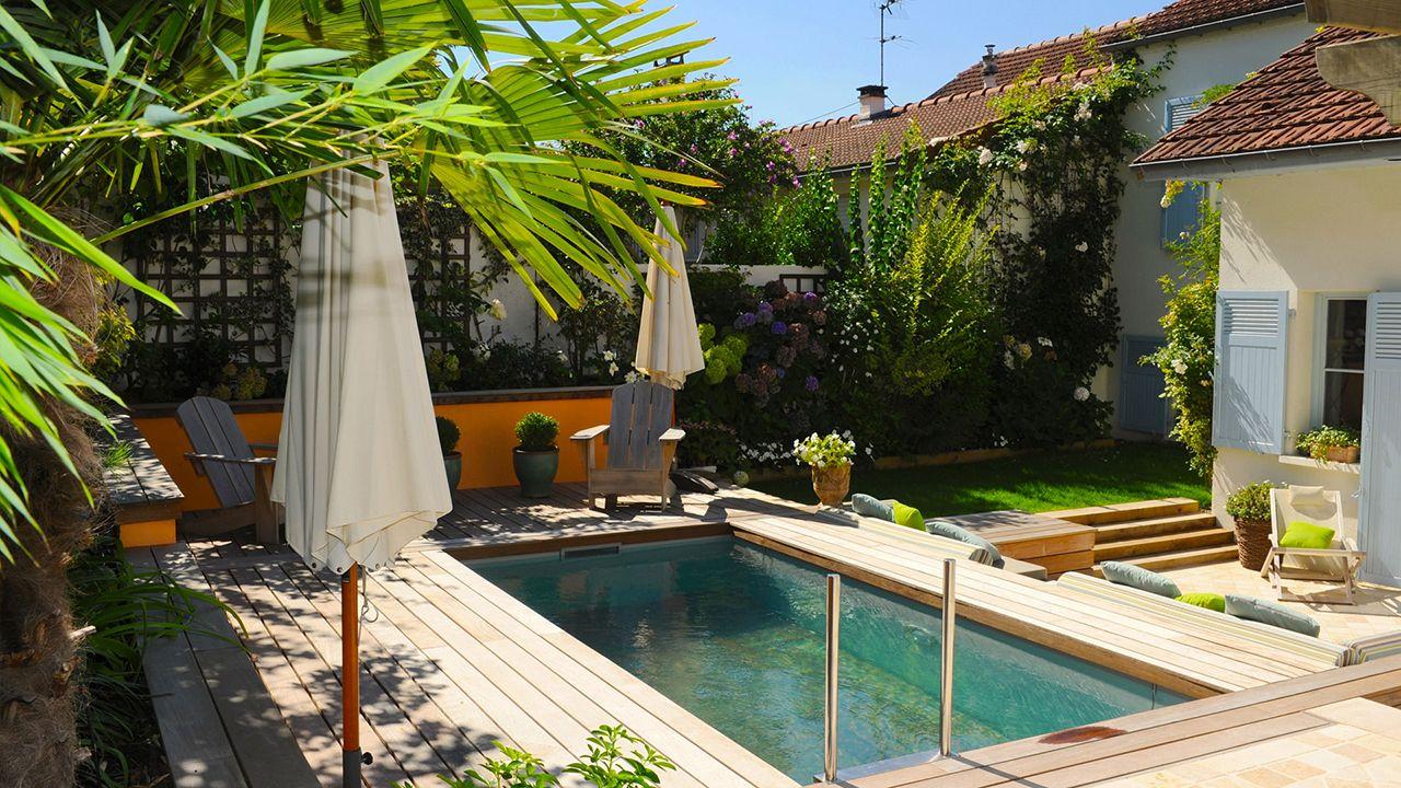 Jardin m tamorphos l 39 esprit piscine for Jardin en couloir