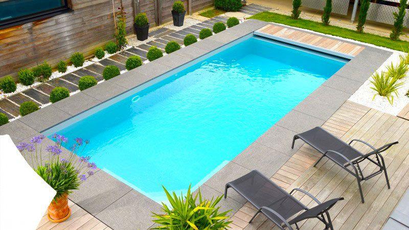 Conçue avec le soucis du détail consctruire une piscine avec escalier dangle Archives