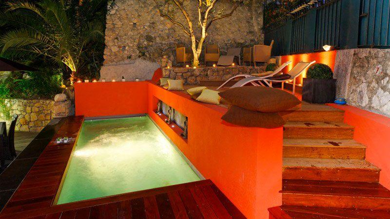 Petite piscine pour maison de ville