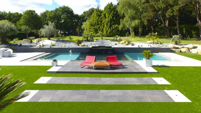 Piscine grise liner de piscine noir with piscine grise for Piscine 10x4 prix