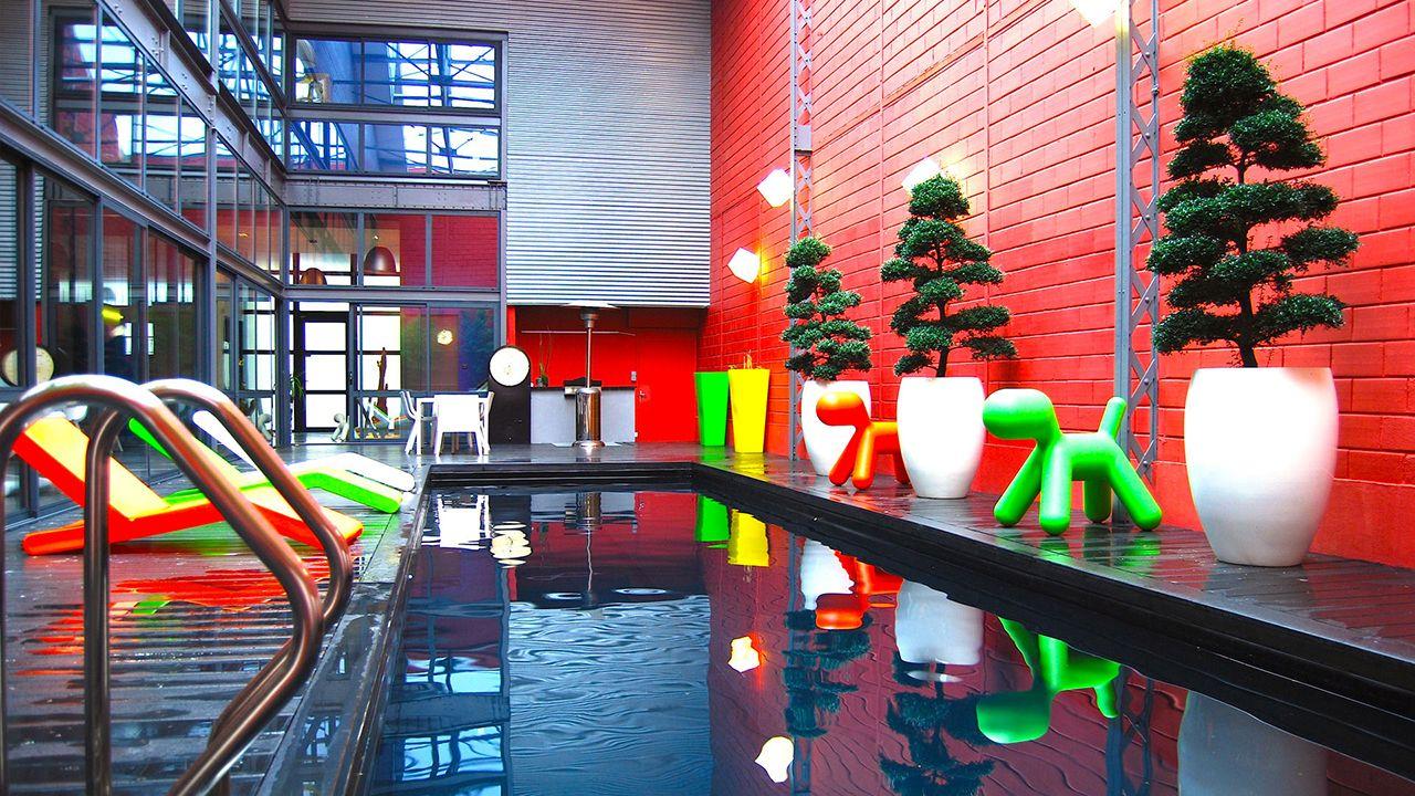 Urban style piscine au style urbain Noir