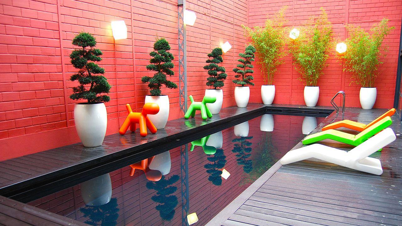 Urban style piscine avec style urbain Noir