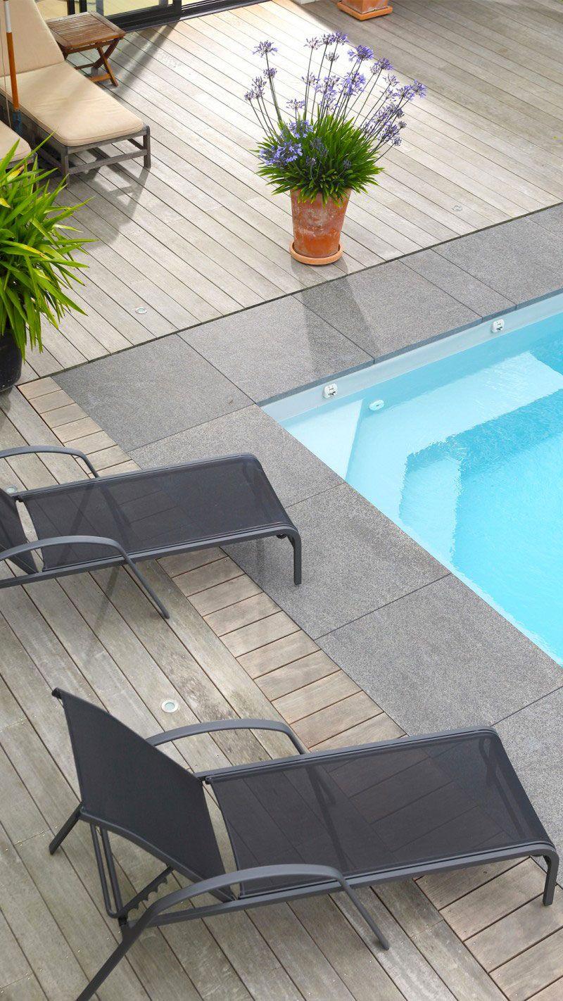 Conçue avec le soucis du détail piscine escalier angle Archives