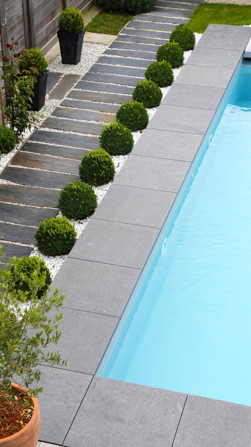 Conçue avec le soucis du détail piscine escalier dangle Archives