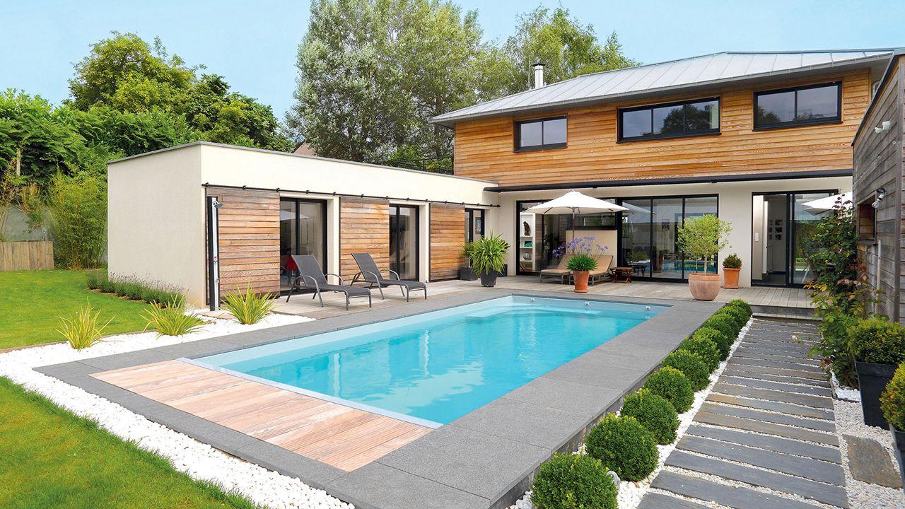 La piscine familiale esprit piscine - Carrelage tour de piscine ...
