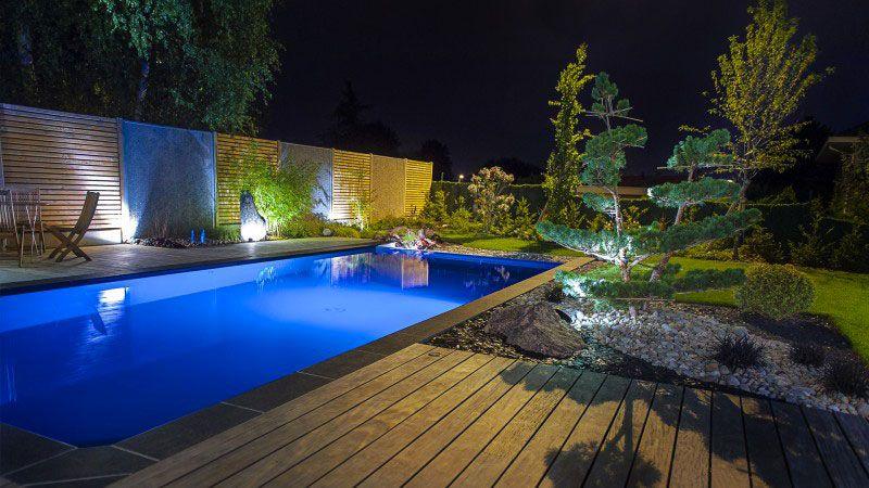 Belle de jour, belle de nuit piscine grise 8x4 Archives