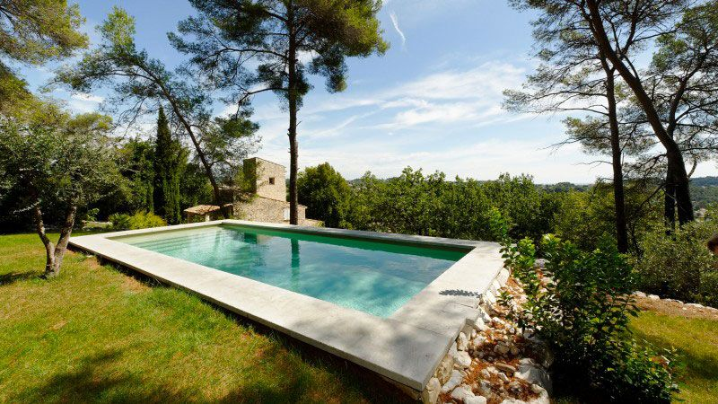 piscine naturelle dans votre jardin esprit piscine. Black Bedroom Furniture Sets. Home Design Ideas