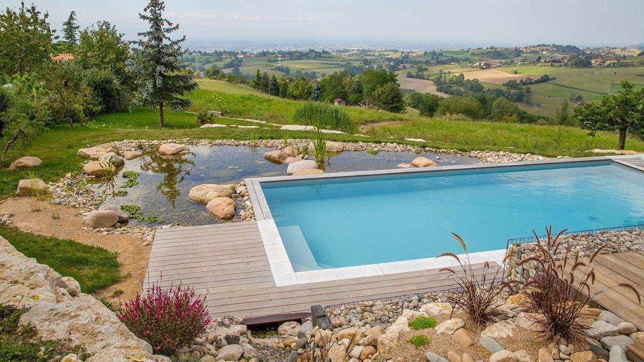 Piscine naturelle dans votre jardin esprit piscine for Piscine naturelle design