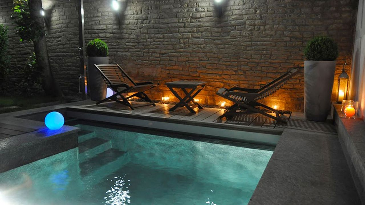 Coin de paradis piscine pierre de luzerne Piscine citadine
