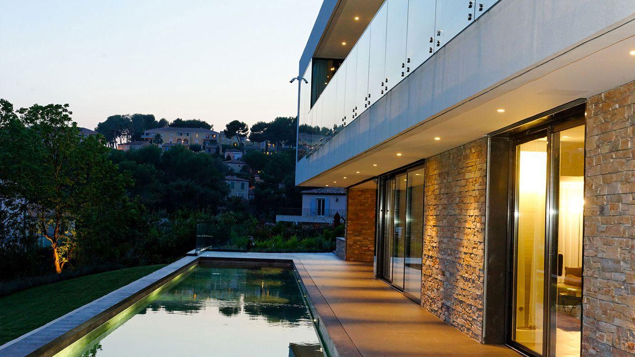Sous les étoiles terrasse avec couloir de nage Couloir de nage
