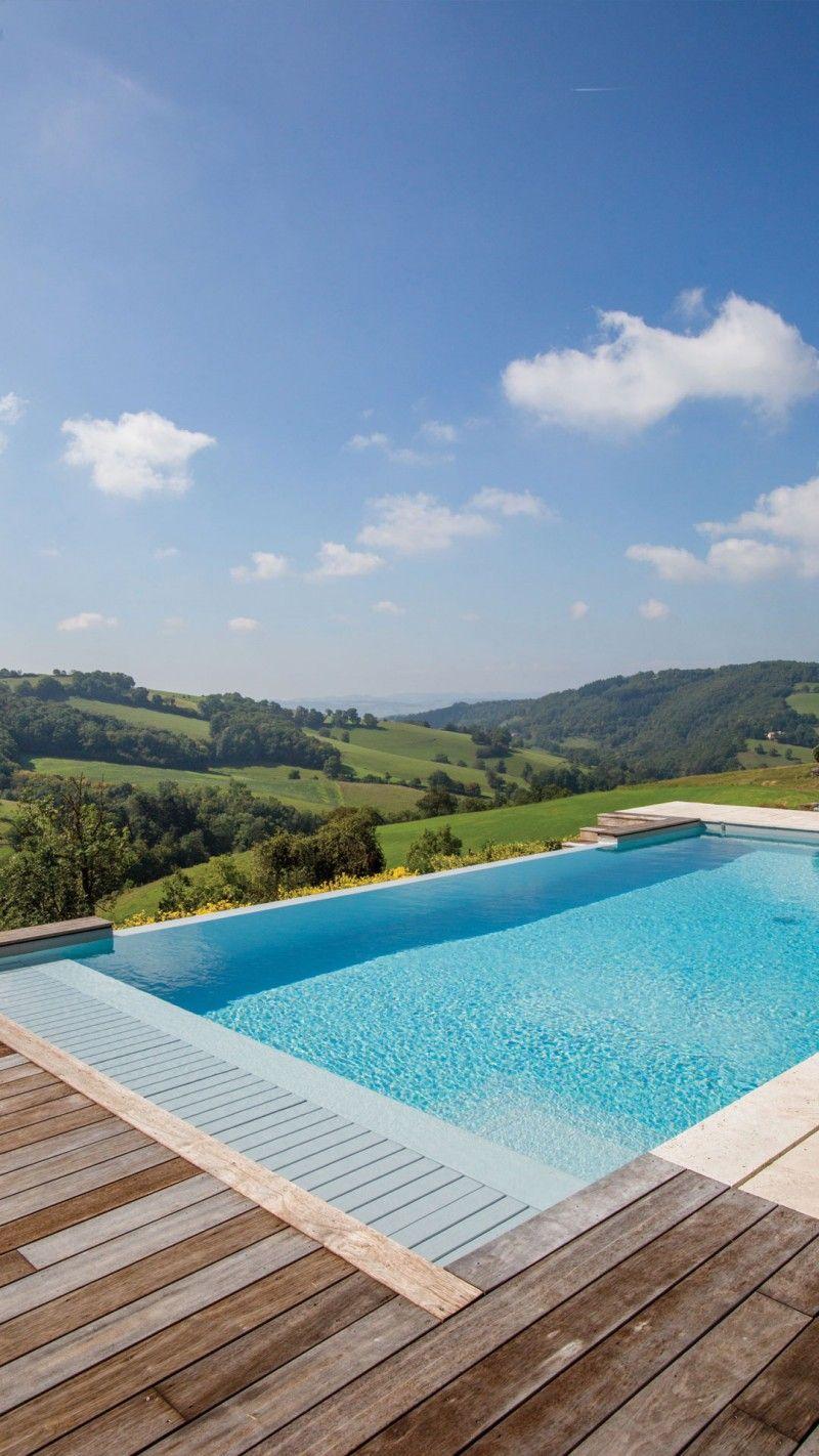 Une nouvelle saison idee pour renovation de piscine Piscine à débordement Rénovation de piscines Gris clair
