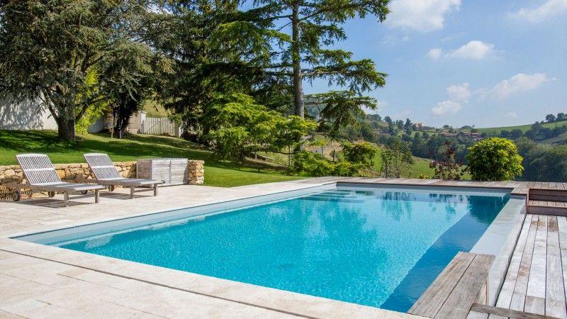 Piscine à débordement Rénovation de piscines Gris clair