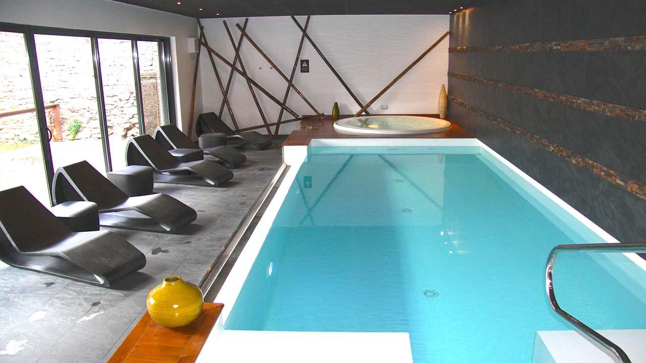 Piscines es installation de piscine et spa colmar for Piscine miroir avis
