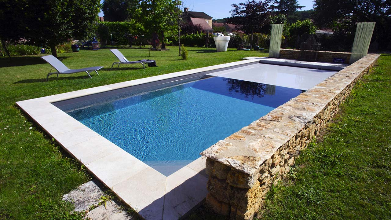 Aqua service 24 conception de piscine en dordogne for Conception de piscine
