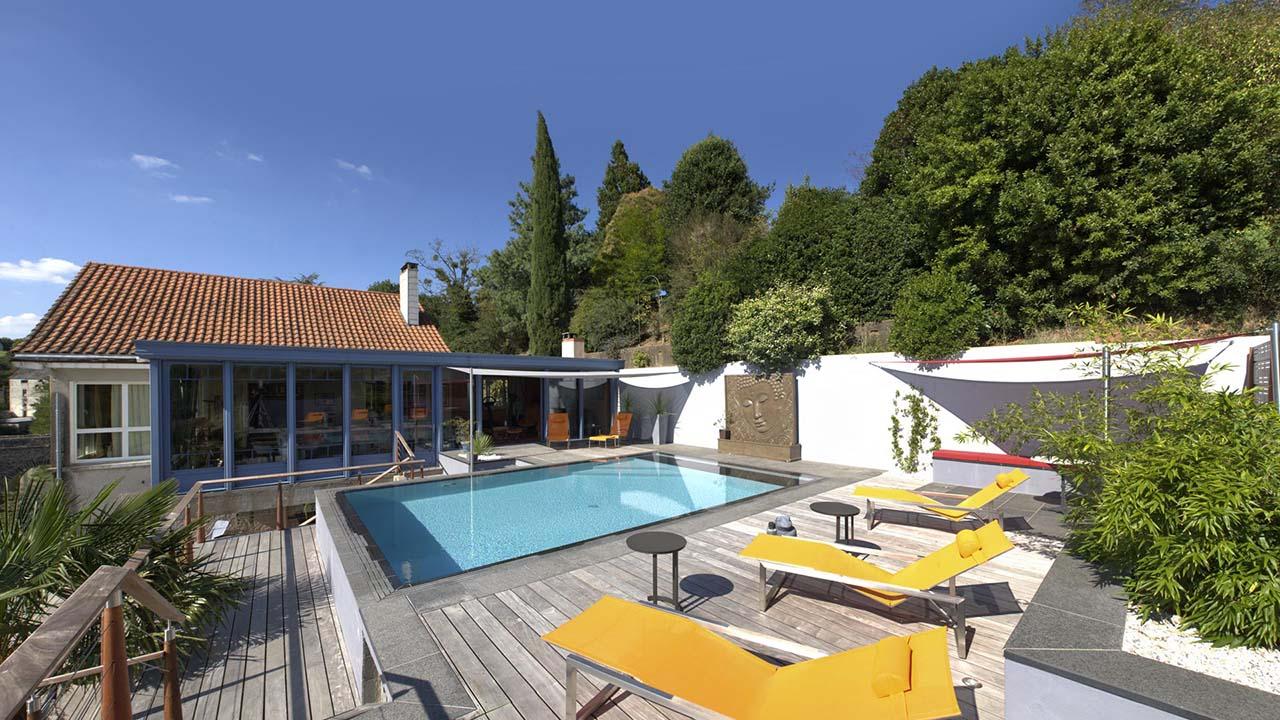 vert bleu design conception de piscine et spa. Black Bedroom Furniture Sets. Home Design Ideas