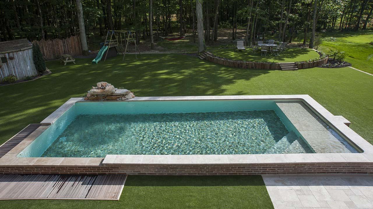 Constructeur de piscine constructeur de piscines saint for Constructeur piscine