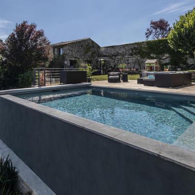 piscine Vienne construite par Gasnier piscines & spas