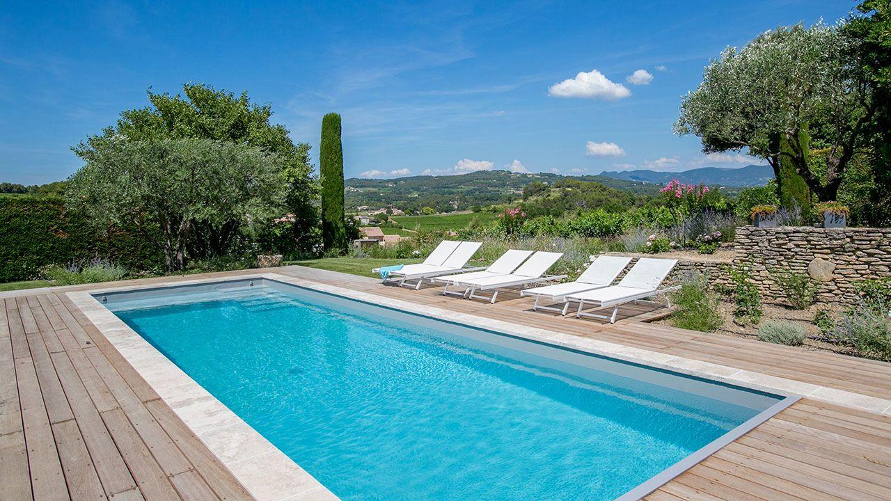 Jardin et piscine design latest with jardin et piscine for Piscine de crolles