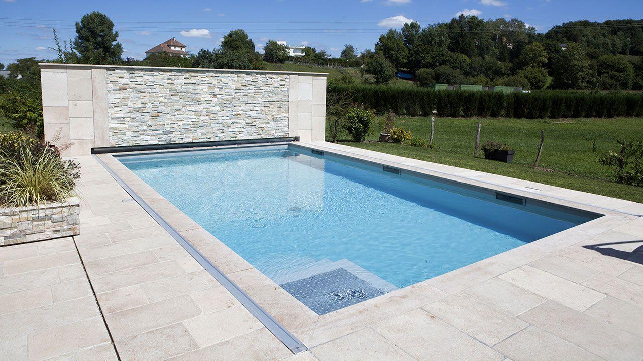Yves lambert cr ations installation de piscine et spa for Piscine yves blanc