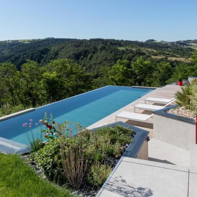 piscinier Peguet Piscines et Jardins