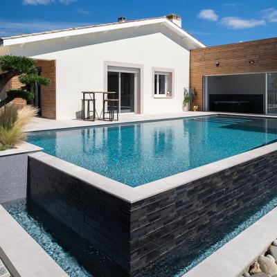 piscine Gironde construite par Piscines Sud Océan