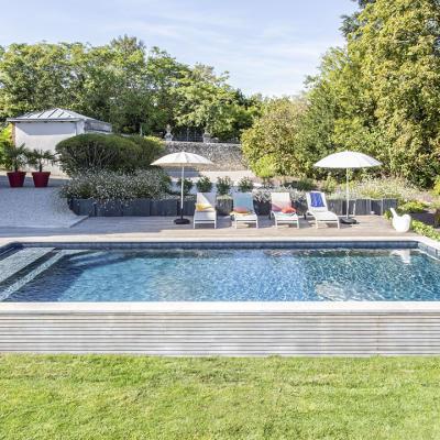 piscine Loiret construite par adh piscines & spas