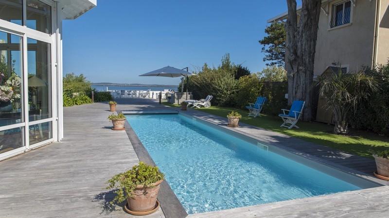 Pisciniste Arcachon l esprit piscine cote piscine 33 superbe piscine a deux pas de la mer
