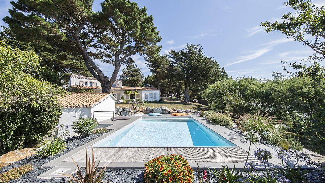Jardins piscines votre piscine en loire atlantique - Piscine loire atlantique ...