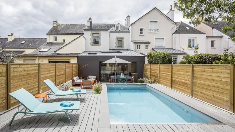 Pisciniste Vannes l esprit piscine_piscines jms 56 superbe piscine exterieure avec sa terrasse