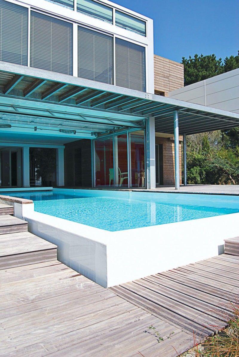 d bordement avec vue mer l 39 esprit piscine. Black Bedroom Furniture Sets. Home Design Ideas
