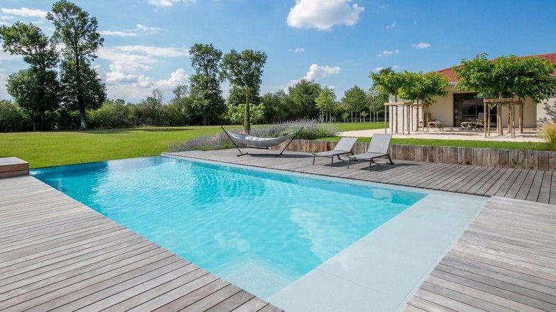 Calme et sérénité grande piscine a debordement Archives