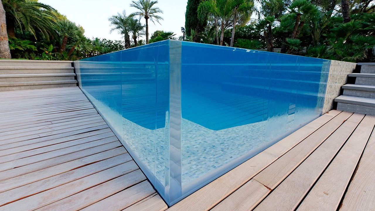 Un angle surprenant l 39 esprit piscine - Www esprit piscine fr ...