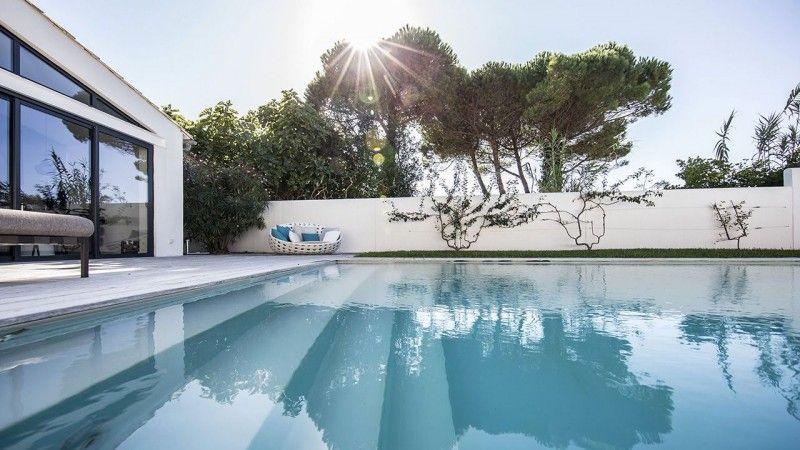 Traverser le jardin à la nage piscine 15 x 3 Couloir de nage Gris clair