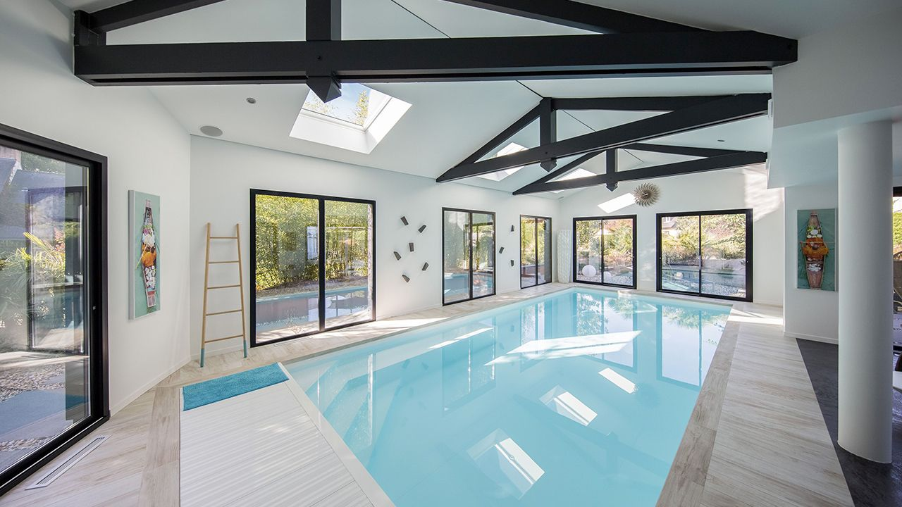 Nager en toutes saisons l 39 esprit piscine for Piscine avec liner sable