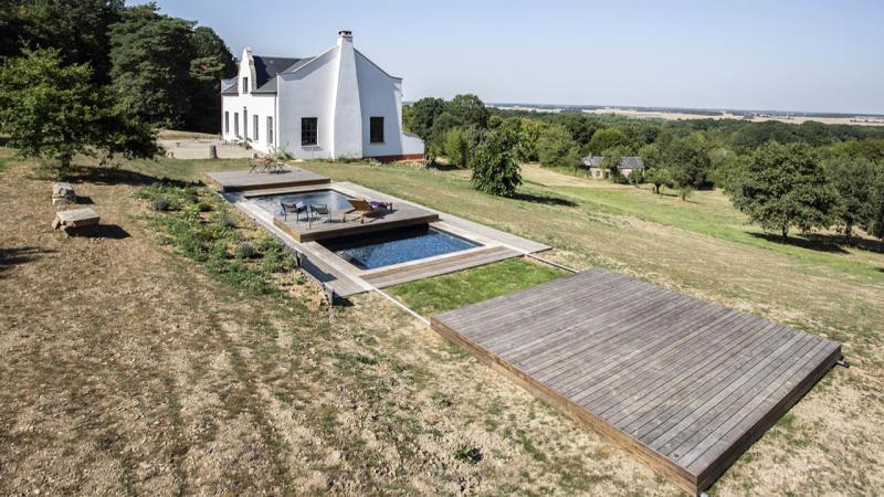 Au-delà des apparences piscine campagne terrasse mobile ouverte Piscine avec terrasse mobile 3D Gris ardoise