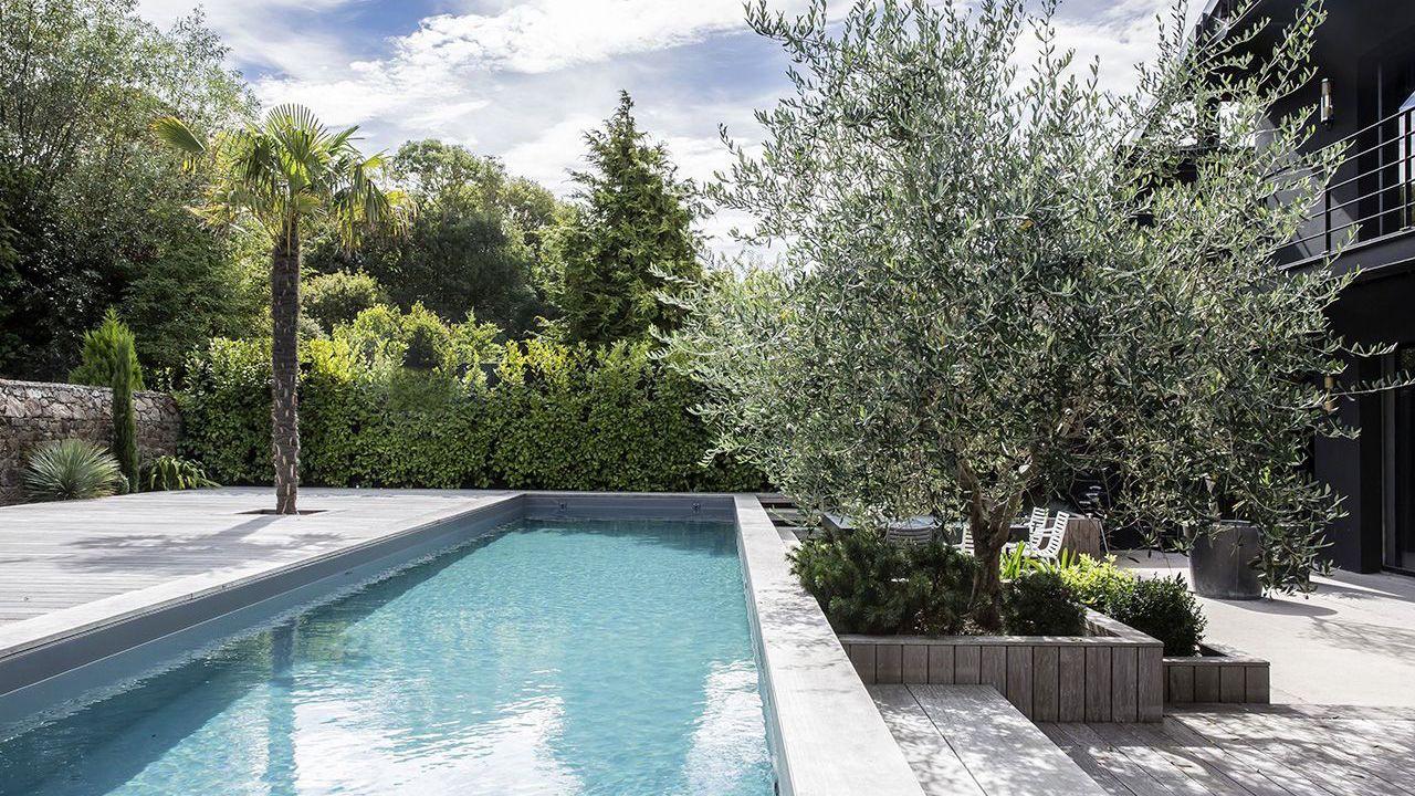Mariage du bois et du bleu piscine couloir de nage 13 m Couloir de nage Gris anthracite