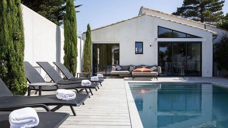 Traverser le jardin à la nage piscine couloir de nage gris clair Couloir de nage Gris clair