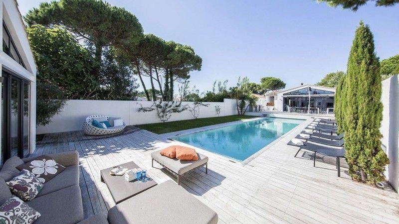 Traverser le jardin à la nage piscine de nage gris clair Couloir de nage Gris clair