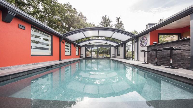 Bassin à ciel ouvert abri piscine rideau Ligne d'eau minérale Abris de piscine 3D Gris béton