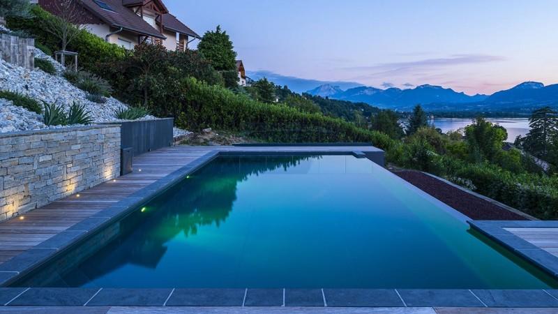 Plonger dans le grand bain montagne avec piscine privee 2 Piscine à débordement Piscine paysagée Gris anthracite