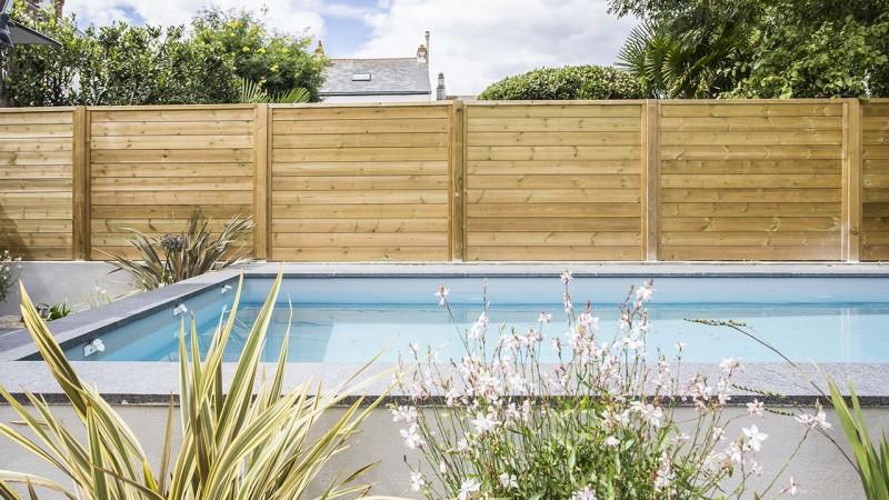 Petit bain de bonheur piscine pour petit espace Archives