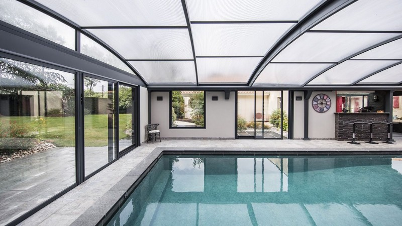 Bassin à ciel ouvert piscine veranda retractable Ligne d'eau minérale Abris de piscine 3D Gris béton