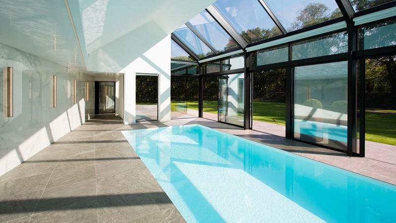 Pièce d'eau personnelle plafond pour piscine interieure Piscine intérieure Blanc
