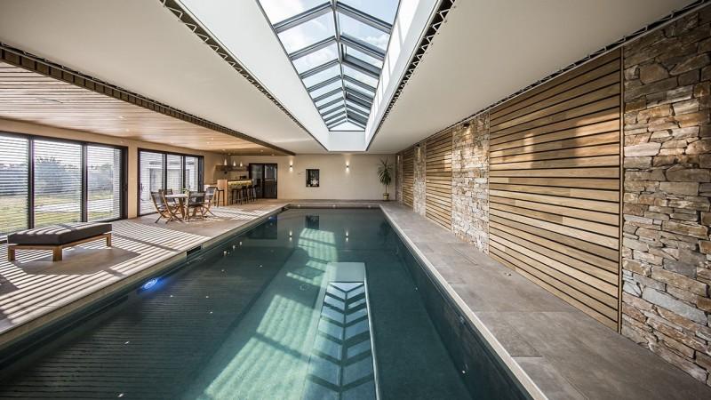 Plongeon de bien-être revetement mur piscine interieure Ligne d'eau minérale Piscine intérieure 3D Gris béton