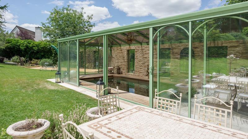 Baignade bucolique abri de piscine adossé maison Piscine à fond mobile Abris de piscine 3D Sable