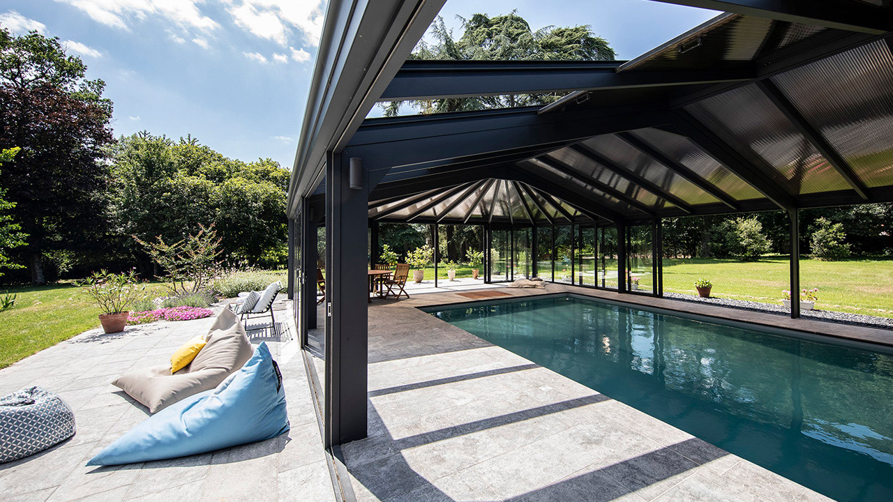 Bulle de détente éternelle abri piscine coulissant rail Abris de piscine Gris clair