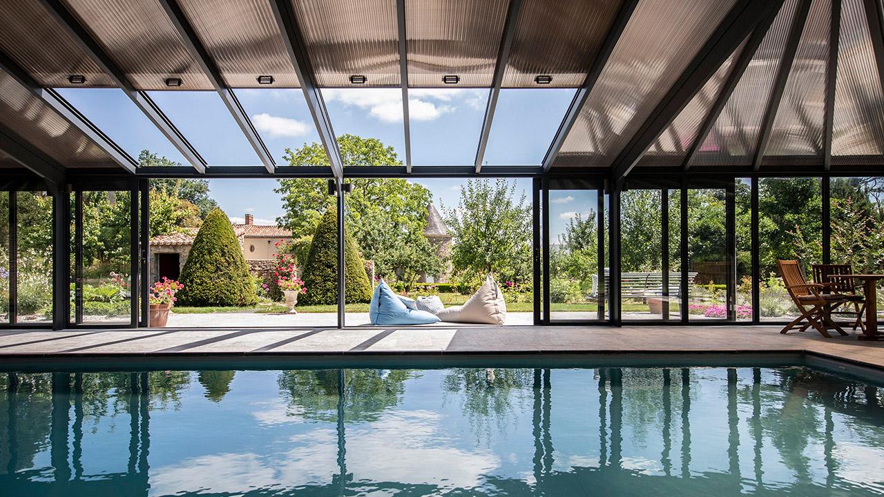 Bulle de détente éternelle abri piscine mur coulissant Abris de piscine Gris clair