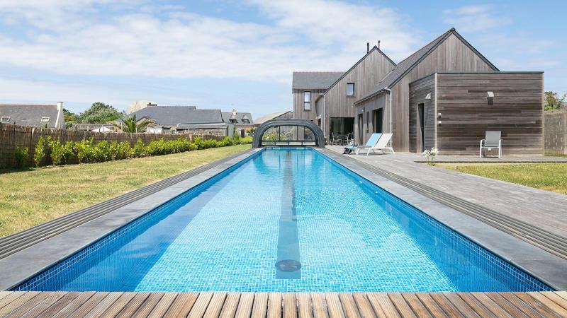 Un bassin hors norme couloir de nage dimension 1810 Couloir de nage Abris de piscine